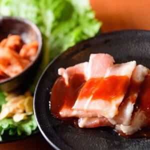 小倉にある豚肉メニューも美味しい【焼肉食べ放題 カルビ市場 小倉店】