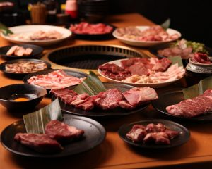 小倉にある仕事帰りにも楽しめる焼肉店【焼肉食べ放題 カルビ市場 小倉店】